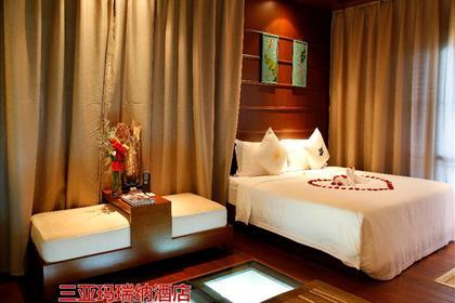 三亚蜜月海岛蜜语(全程品牌酒店无敌海景大床房+价值520元/对的红酒